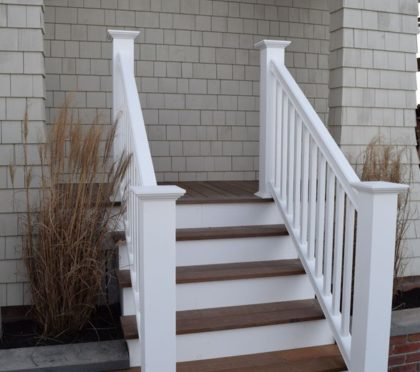 Intex exterior railing for front steps