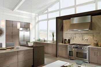 Sleek & Structured Kitchen Cabinetry