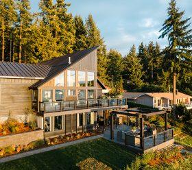 Trex outdoor decking