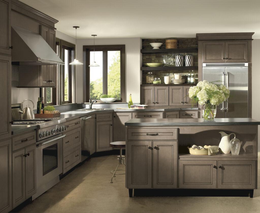 Homecrest Custom kitchen cabinet design
